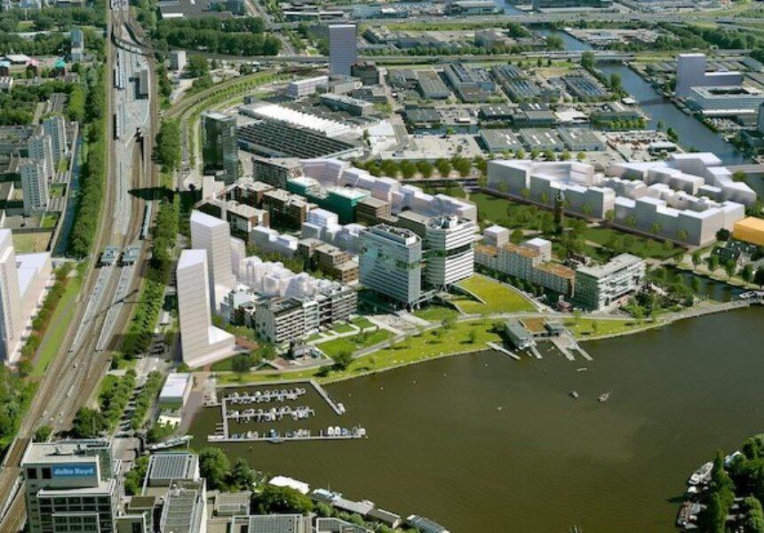 Eneco bouwt modulair, duurzaam en slim warmtenet in Amsterdam